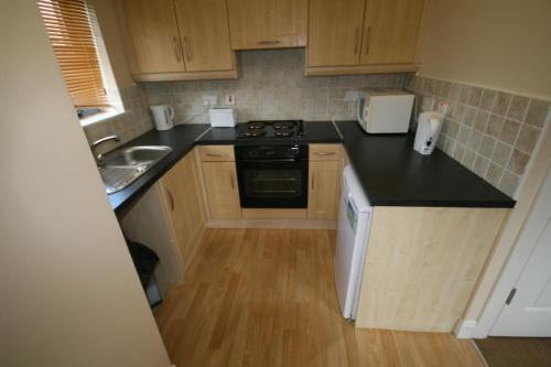 A kitchen or kitchenette at Ballyraine Self Catering