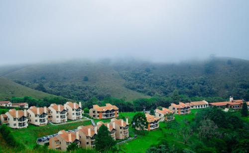 Uma vista aérea de Plaza Inn Week Inn