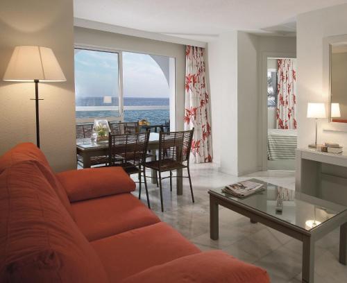A seating area at Marinas de Nerja Beach & Spa