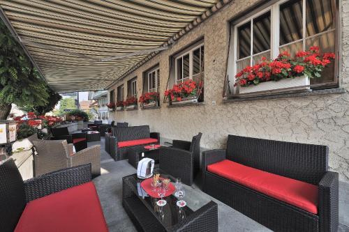 Ein Restaurant oder anderes Speiselokal in der Unterkunft Seminarhotel Linde Stettlen