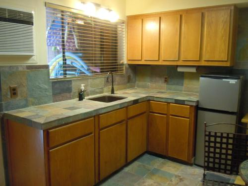 A kitchen or kitchenette at Maui What a Wonderful World Bed & Breakfast