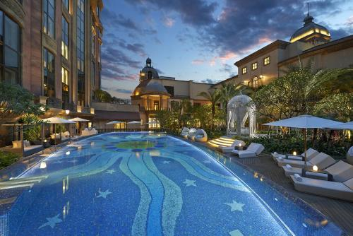 The swimming pool at or near Mandarin Oriental Taipei
