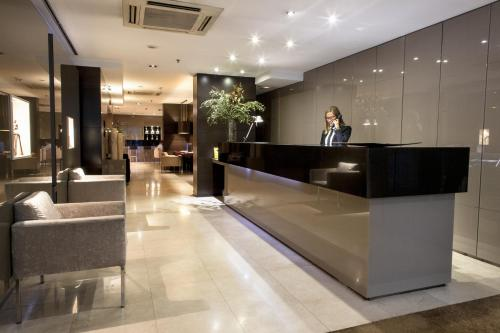 The lobby or reception area at Zenit Barcelona