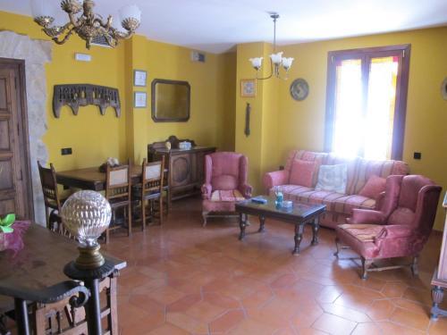 Uma área de estar em Casa Rural Cuatro de Oros