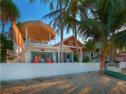 The swimming pool at or near 3 Bedroom Beach Front Villa - on Beautiful Bangrak Beach