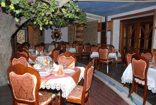 A restaurant or other place to eat at Aqua Vita - Zhyva Voda