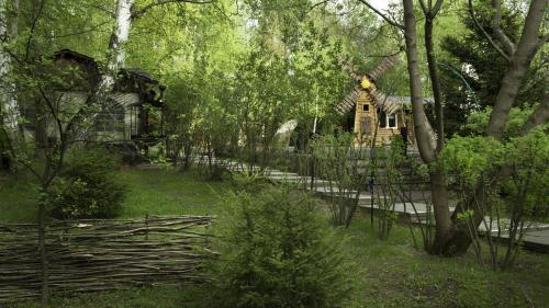 Сад в Боярская Усадьба