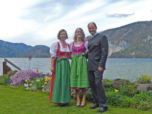 A family staying at Haus Seehof