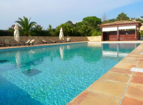 The swimming pool at or near Secluded St Tropez Golf