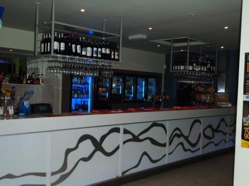 The lounge or bar area at Bushland Beach Tavern