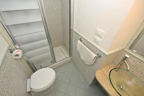 A bathroom at Florence Rental