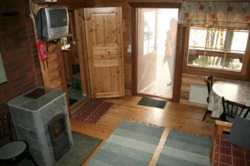 TV tai viihdekeskus majoituspaikassa Honkala Cottage