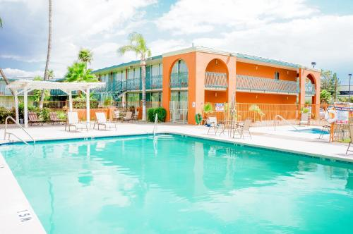 The swimming pool at or near GLH Hotel