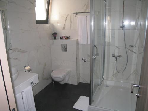 A bathroom at Hotel VIP