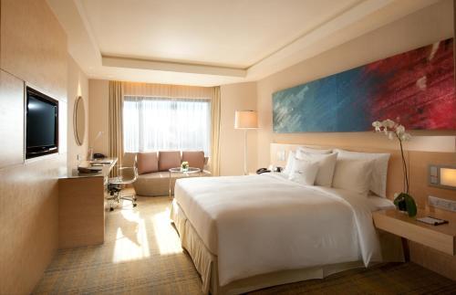A room at DoubleTree By Hilton Kuala Lumpur