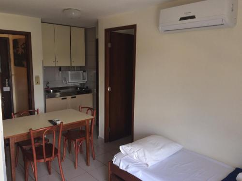 A kitchen or kitchenette at Brasília Living