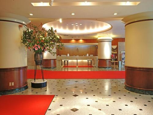 Area lobi atau resepsionis di Hotel Lexton Kagoshima