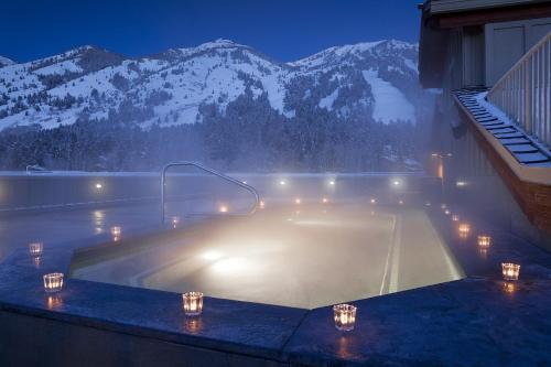 The swimming pool at or near Teton Mountain Lodge and Spa, a Noble House Resort