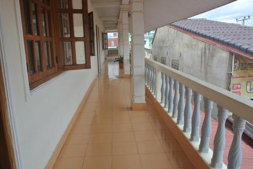 A balcony or terrace at Nice Guesthouse