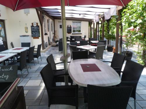 Ein Restaurant oder anderes Speiselokal in der Unterkunft Moselperle