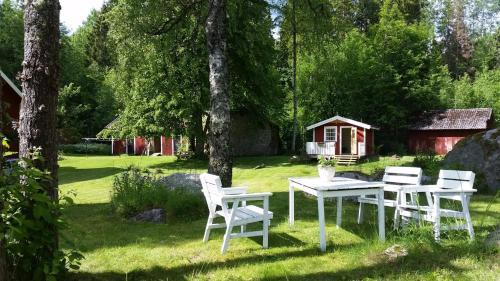 En trädgård utanför Dohnafors Sommarhem