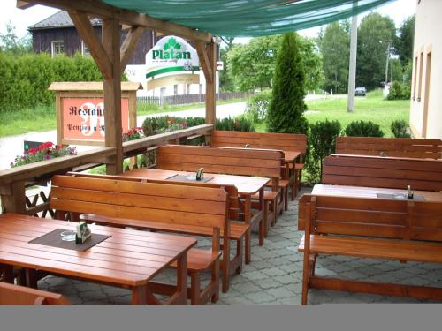A restaurant or other place to eat at Penzion restaurace U Racaku