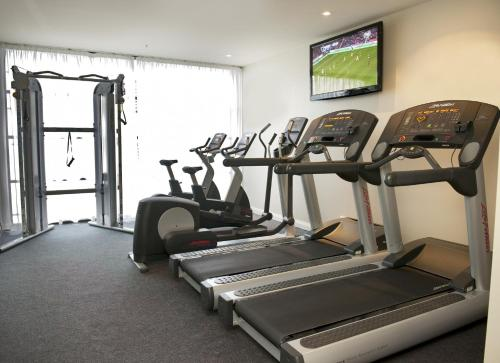 The fitness center and/or fitness facilities at Mantra Hindmarsh Square
