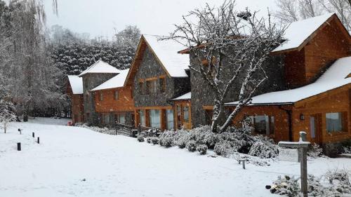La Escondida Casa De Huespedes & Spa durante el invierno