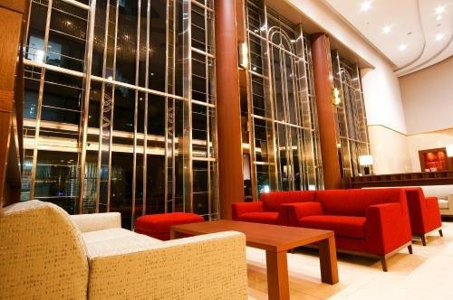 The lounge or bar area at Daiwa Roynet Hotel Osaka-Yotsubashi