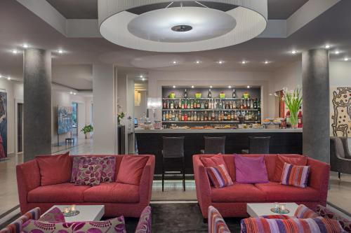 The lounge or bar area at Hotel Nazionale