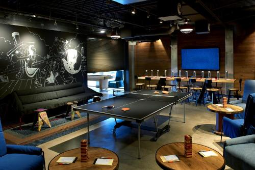 Ping-pong facilities at Hotel Zephyr San Francisco or nearby