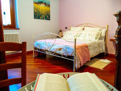 Cama o camas de una habitación en Alba dei Due Soli B&B