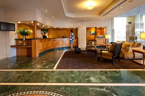 The lobby or reception area at The Sebel Quay West Auckland