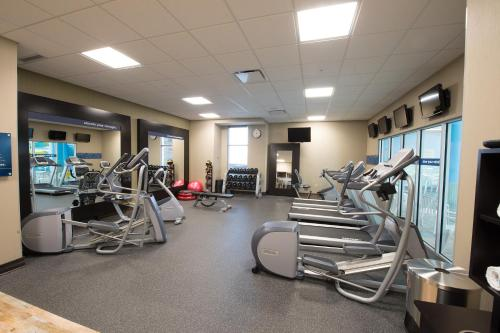 The fitness center and/or fitness facilities at Hampton Inn Sydney