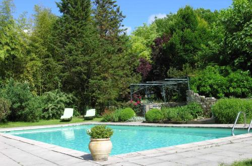 The swimming pool at or near Domaine Le Rolant