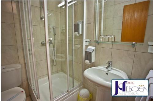 A bathroom at Hotel Nebojša Jahorina