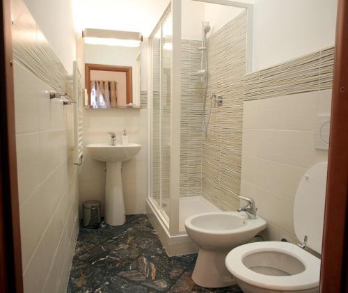 Kylpyhuone majoituspaikassa La Formica B&B