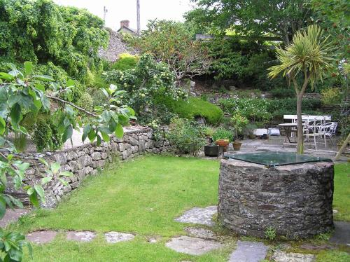 A garden outside Fishermen's Rest