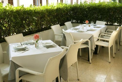 Restaurace v ubytování Hostal Montesol