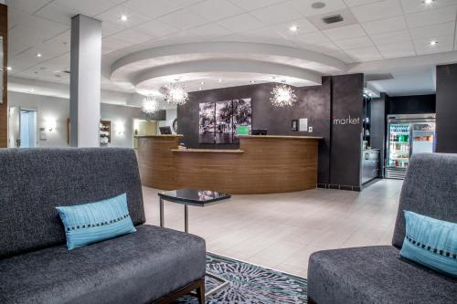 The lobby or reception area at Courtyard by Marriott St. John's Newfoundland