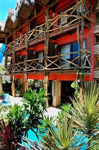 The swimming pool at or near Hotel Safari