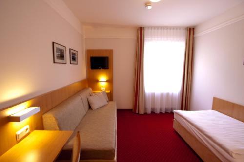 Ein Sitzbereich in der Unterkunft Hotel Jacobsberg