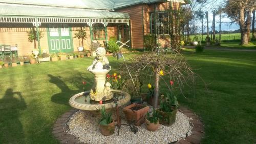 A garden outside Butterfly Farm Bed and Breakfast Nirranda