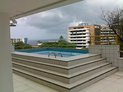 The swimming pool at or close to Apartment Ondina Tropical