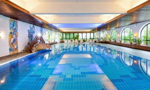 Der Swimmingpool an oder in der Nähe von Haus Tiroler Heimat