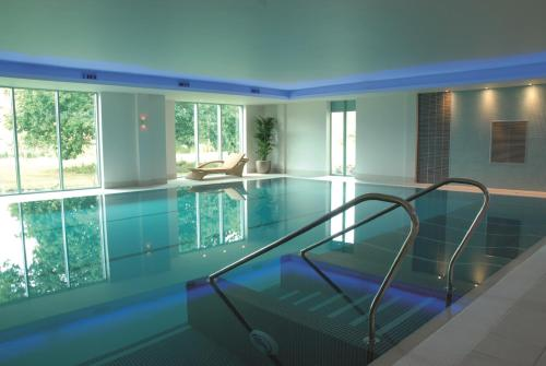 The swimming pool at or near De Vere Cotswold Water Park