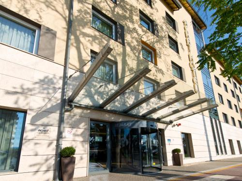 Exteriér alebo vchod do ubytovania ACHAT Hotel Budapest