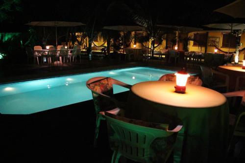 The swimming pool at or near Abayomi Pousada