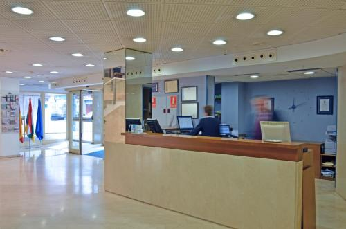The lobby or reception area at Hotel Murrieta