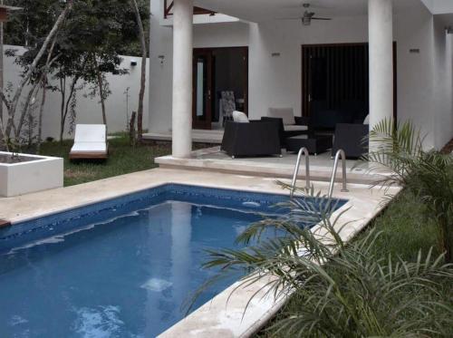 The swimming pool at or near Casa Madera
